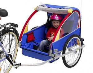 Безопасность поездок детей когда они усажены в кресло или прицеп-велосипед