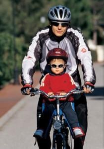 Кресло и прицеп-велосипед- все безопасность этих средств