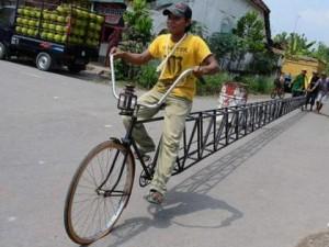 Самые-самые велосипеды в мире: быстрее, выше, длиннее, меньше