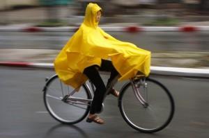 Велодождевик - лучше всего подходит в качестве защиты от дождя