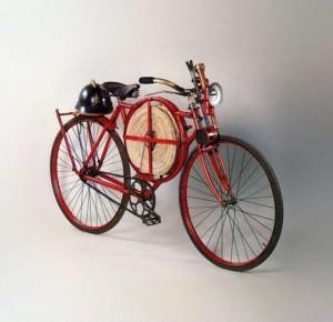 Экскурс в историю: пожарные велосипеды