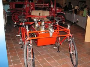 Экскурс в историю Берлина: пожарные велосипеды